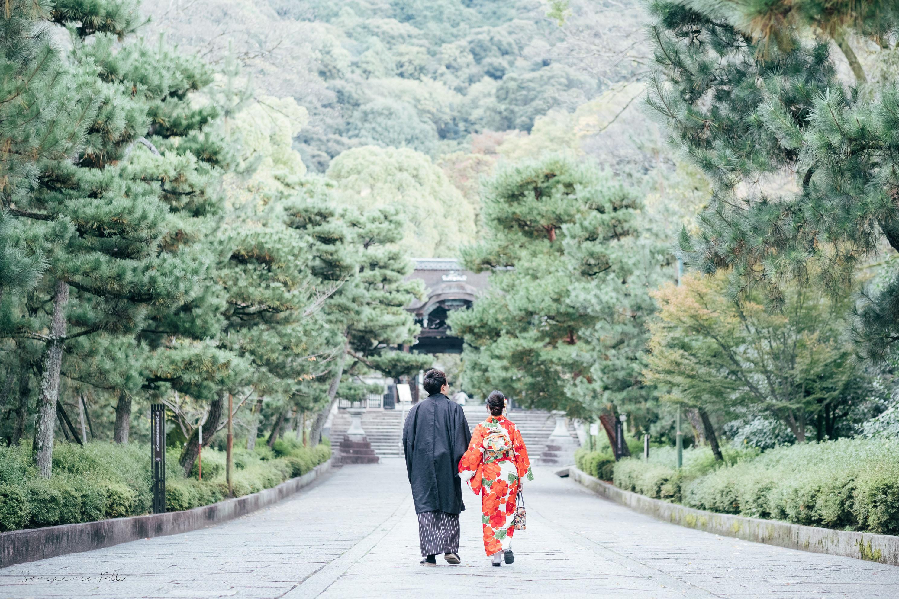 秋の京都東山でのカップル撮影